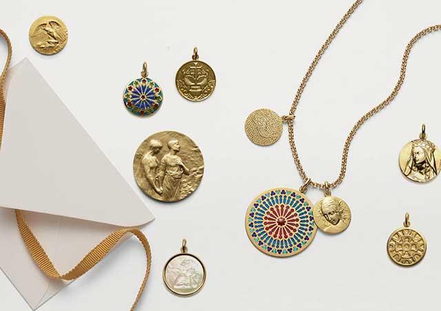 médailles de baptême symboliques'
